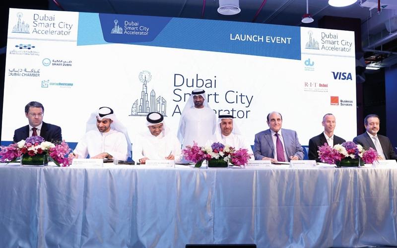 أحمد بن سعيد يطلق «مسرعة دبي للمدن الذكية» في واحة دبي للسيليكون
