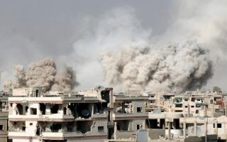 الصورة: القوات السورية تسيطر على 3 نقاط استراتيجية في ريف حماة الشرقي.. والمعارضة تسقط طائرة للنظام