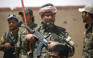الصورة: المعارضة السورية تبدأ معركة تحرير الرقة.. وقوات النخبة تدخل المدينة