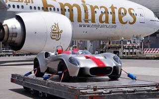 الصورة: بالفيديو.. الإمارات للشحن الجوي تنقل أول سيارة مصممة ومصنعة في الدولة