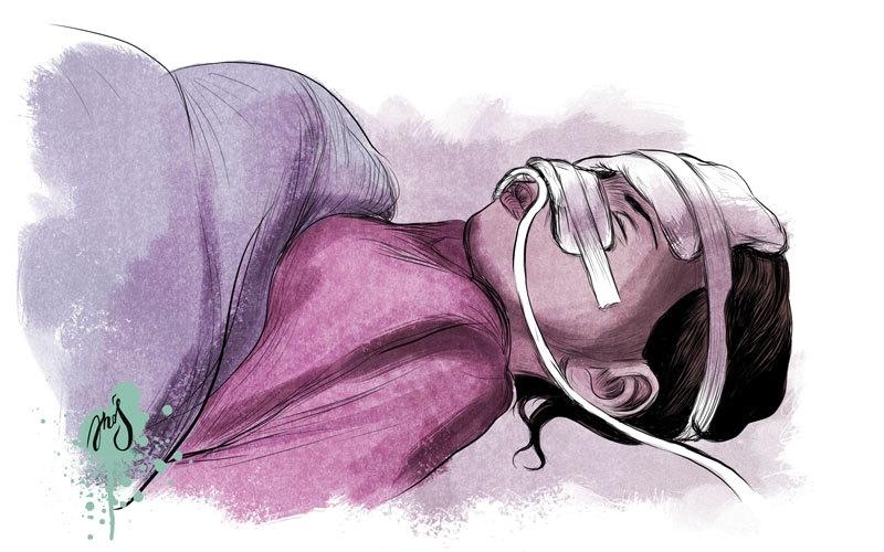 «ميار» مصابة بسرطان الدم.. وتحتاج إلى جهاز طبي
