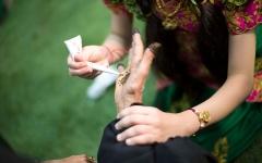 الصورة: بالفيديو.. كيف تستقبل الأسر الإماراتية العيد؟