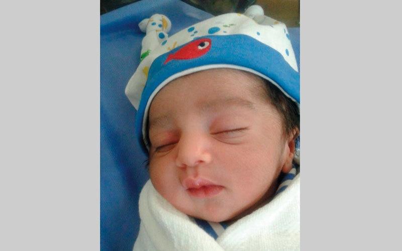 متبرّع يسدد فاتورة الطفل «حامد»