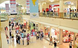 تراجع أسعار الغرف الفندقية في دبي صيفاً يستقطب زوار الدخل المتوسط
