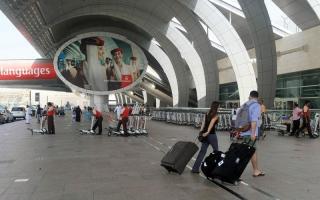 «طيران الإمارات» تطلق مبادرتين لتحسين تجربة المسافرين في «المبنى 3»