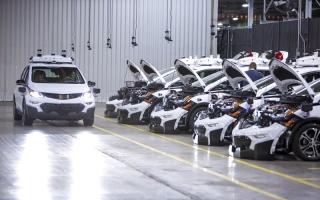 الصورة: «جنرال موتورز» تُنتج 130 سيارة ذاتية  القيادة من «شيفروليه بولت إي ڤي»