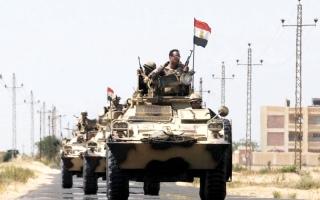الصورة: مقتل 23 جندياً مصرياً بهجوم  على نقاط تمركز تابعة للجيش