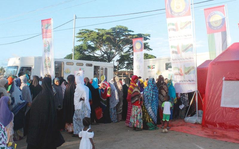 الصورة: قوافل «زايد الخير» تبدأ مهامها الإنسانية في زنجبار