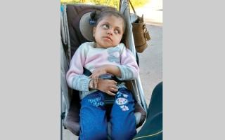 الصورة: فاعل خير يتكفل بسداد قيمة الكرسي المتحرك لـ «هاجر»