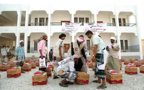 الصورة: قوافل إغاثية جديدة من «الهلال» إلى محافظة شبوة