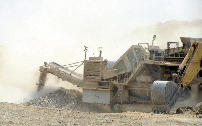 «التغير المناخي والبيئة»: تفجيرات مصانع الإسمنت «آمنة بيئياً» وليست خطراً على السكان - الإمارات اليوم
