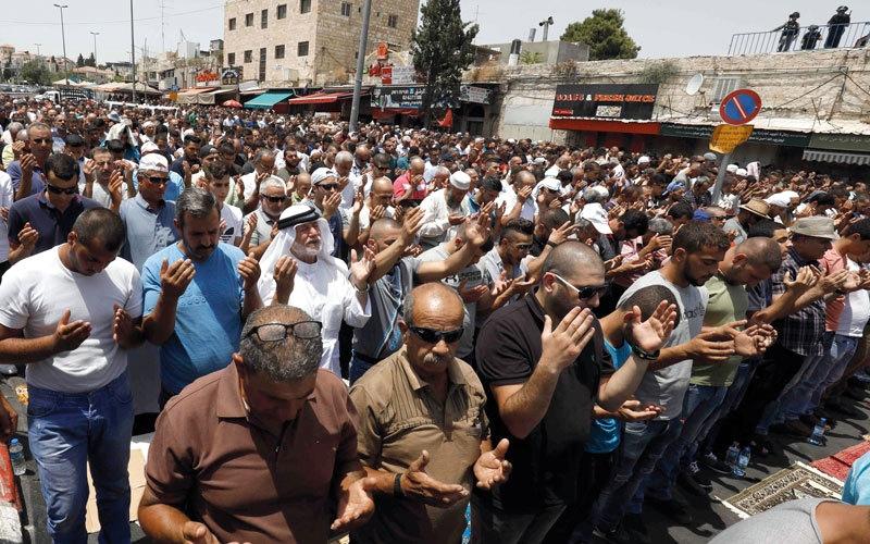 الصورة: 3 شهداء في مواجهات فلسـطينية  مع الاحتلال في «جمعة نفيــر» الأقصى
