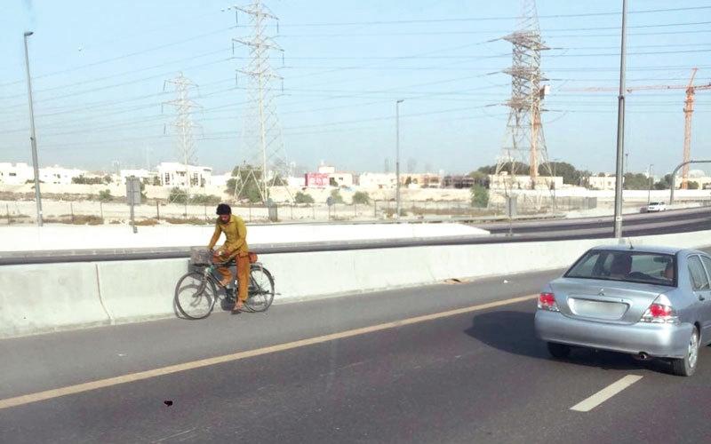 الصورة: مصادرة 225 دراجة هوائية في دبي خلال أسبوع
