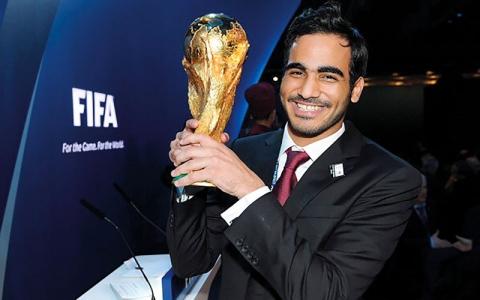 الصورة: محمد بن حمد أطلق شرارة الفساد في الاتحاد الدولي لكرة القدم