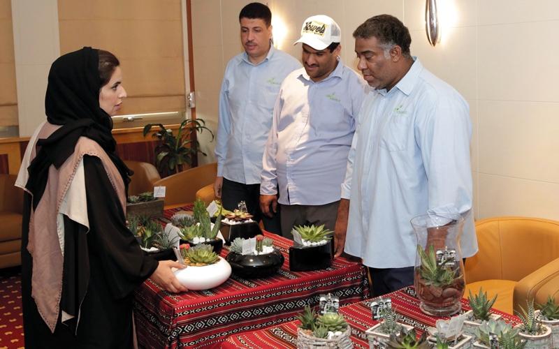 الصورة: بلدية دبي تدرّب أصحاب همم على تنظيم النباتات المنزلية