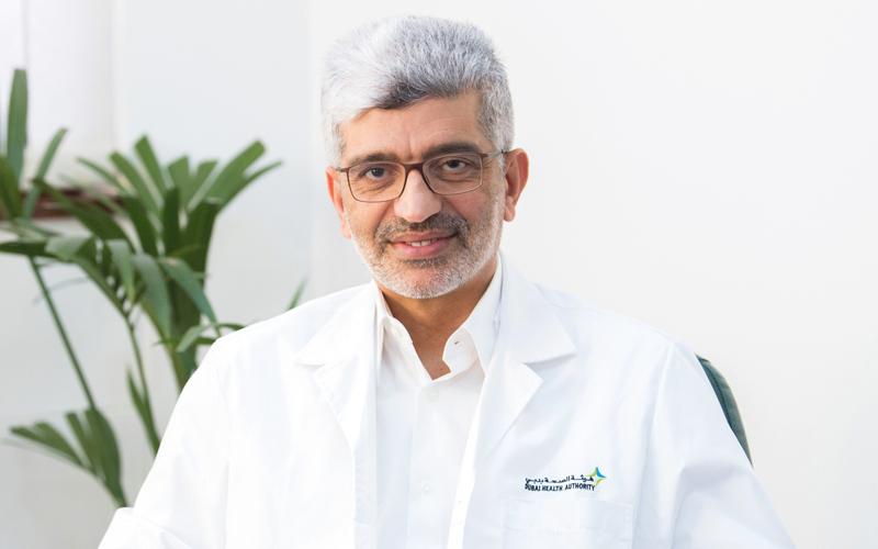 الدكتور جمال يوسف الملا: كثير من مرضى العمود الفقري، الذين يعانون آلام الظهر، يواجهون مشكلات في التشخيص، وتحديد العلاج المناسب لحالاتهم.