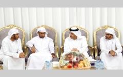 الصورة: عبدالله بن زايد يعزّي أسرة الشهيد الزعابي