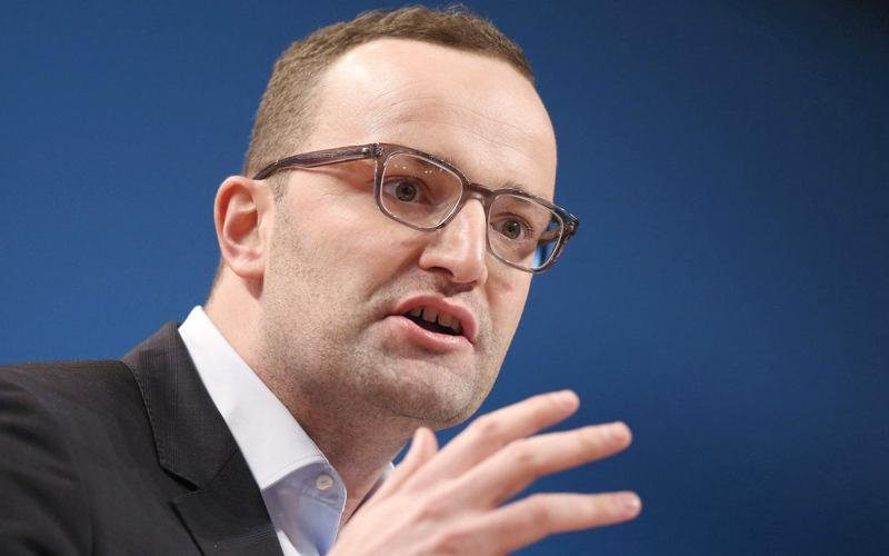 الصورة: سياسي ألماني يطالب بحظر التكلم بالإنجليزية في الأماكن العامة