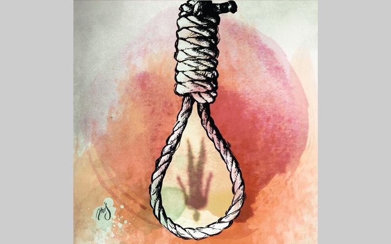 الصورة: عامل نظافة يقتل زوجته   ويشنق نفسه بمروحة