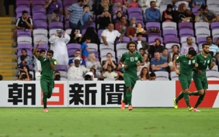 """الصورة: الجمهور السعودي في """"جي بي ار"""" يحتفل بتأهل منتخبه الى كاس العالم"""