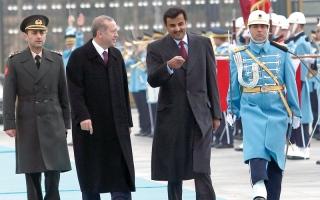 الصورة: انتهازية قطر تجرّ تركيا إلى مستنقع خطير.. وتشكل تهديداً على أوروبا وبريطانيا