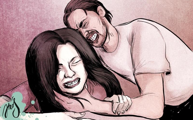 الصورة: امرأة تتهم زوجها بمحاولة خنقها بسبب «الشخير»