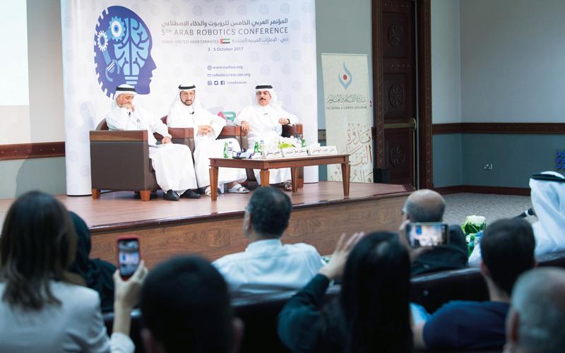 خلال المؤتمر الصحافي للكشف عن تفاصيل المؤتمر العربي الخامس للروبوت. تصوير: أحمد عرديتي