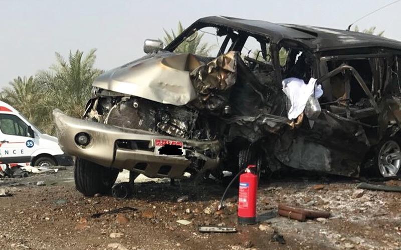 الصورة: وفاة مواطن وإصابة 7 بحادث تصادم في الذيد