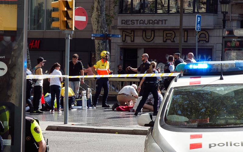 الرسائل المتعددة للهجمات الإرهـــابية في برشلونة
