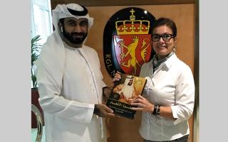 «الإمارات للدراسات والبحوث» يُهدي إصداراته للقنصلية النرويجية