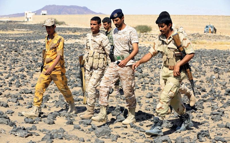 الصورة: 70 قتيلاً حوثياً بينهم 3 قياديين في عمليات لـ «الشرعية» على الحدود مع السعودية