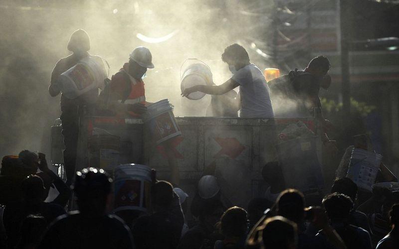 الصورة: بالصور.. مأساة 7 درجات على مقياس ريختر