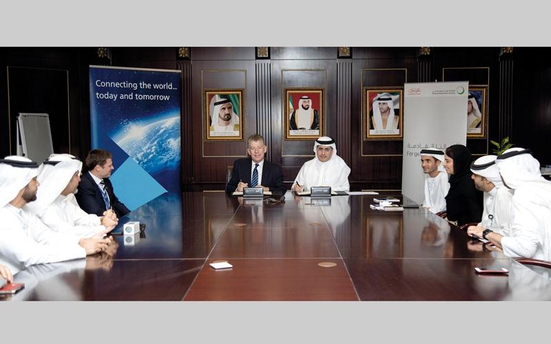 الصورة: «ديوا» و«المطارات» تدعمان أهداف «دبي الذكية»