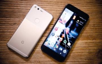الصورة: محلّلون: «غوغل» تستعد لما بعد الهواتف الذكية بـ «جيش إبداعي»