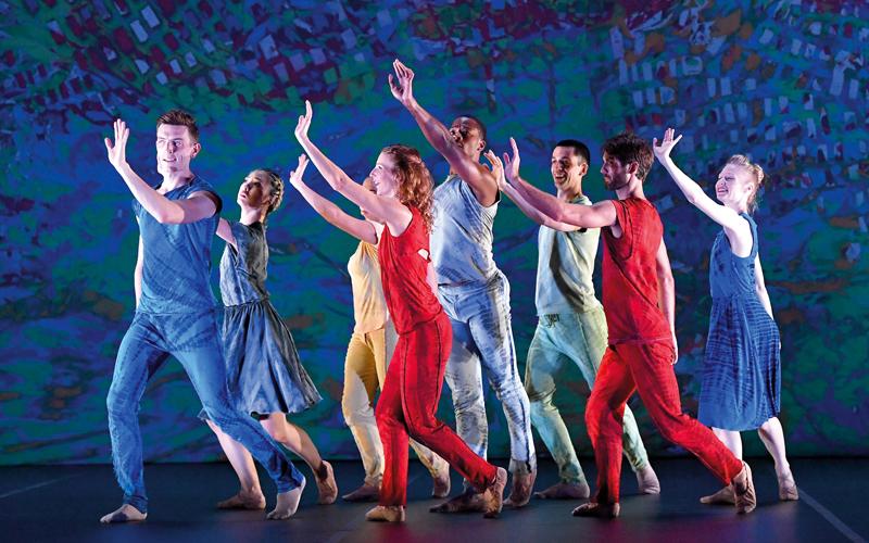 مشروع لوس أنجلوس».. رقص تجريدي على خشبة «دبي أوبرا» - حياتنا - ثقافة -  الإمارات اليوم