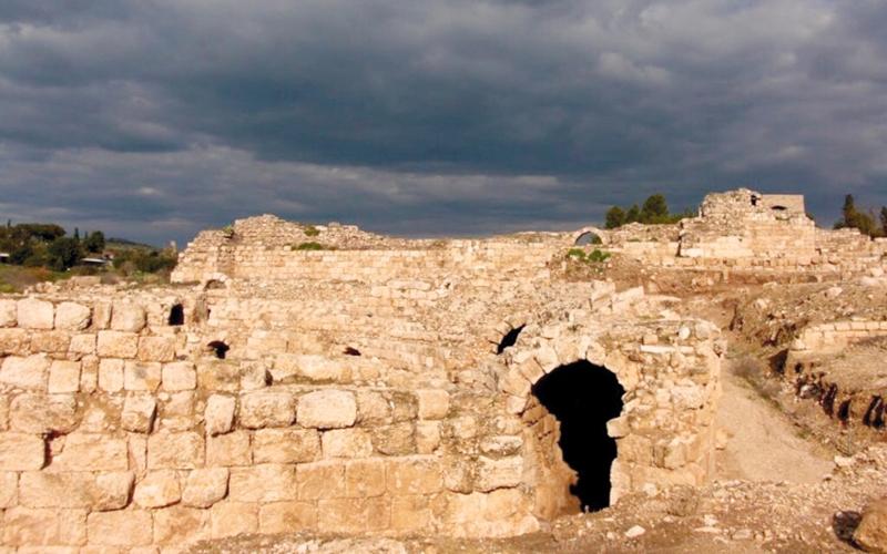 الآثار الرومانية في «بيت جبرين». الإمارات اليوم