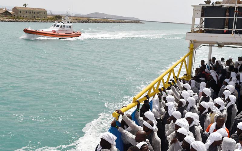 المتطرفون يتسللون ضمن المهاجرين للعبور إلى أوروبا.  أ.ف.ب