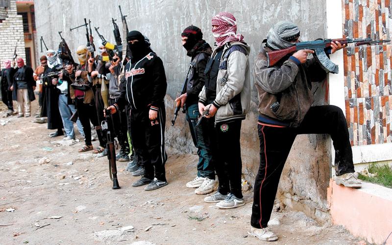 العنف الذي من المتوقع أن يمارسه «داعش» سيصبح أقل تركيزاً وأكثر تشتتاً. إي.بي.إيه