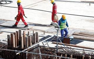 الصورة: الشركات تهرب من قطر بعد تدهور الاقتصاد