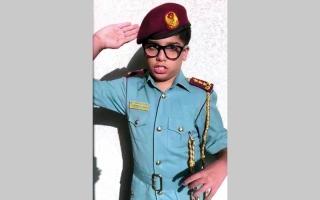 الصورة: بالفيديو..طفل من أصحاب الهمم يقبل «تحدي حمدان بن محمد»