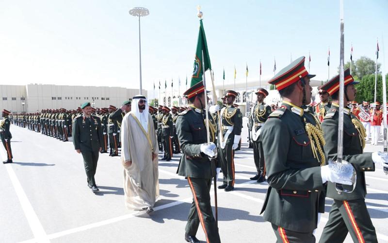 الصورة: البواردي يشهد حفل تخريج دورة ضباط الخدمة الوطنية الثانية بكلية «زايد العسكرية»