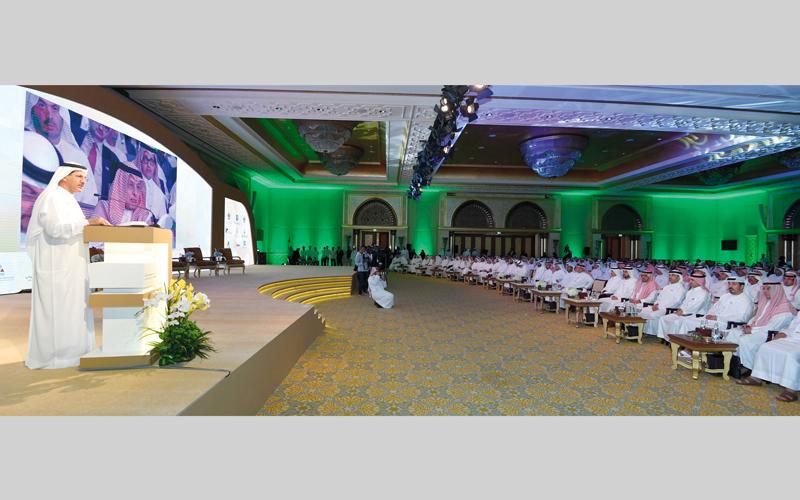 المنصوري أكد خلال الملتقى أن السعودية ثالث أكبر مستورد من الإمارات في مجال المنتجات غير النفطية.  تصوير: نجيب محمد