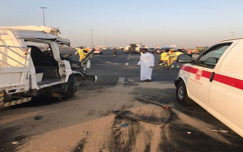وفاة 4 أشخاص في حادث بدبي نتيجة عدم ترك مسافة كافية