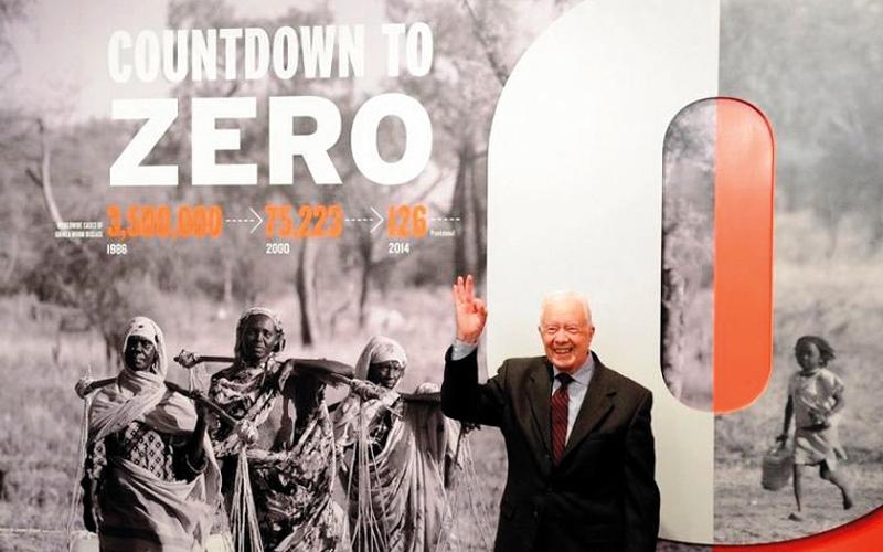 الصورة: أبوظبي تبدأ «العد التنازلي» للقضاء   على وباء «دودة غينيا» عالمياً