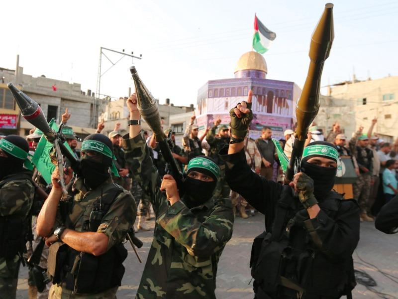يتعين على «حماس» التخلي عن جناحها العسكري. أرشيفية
