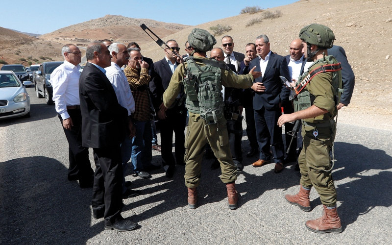 الصورة: الاحتلال يقتحم مكاتب إعلامية ويعتقل 18 فلسطينياً