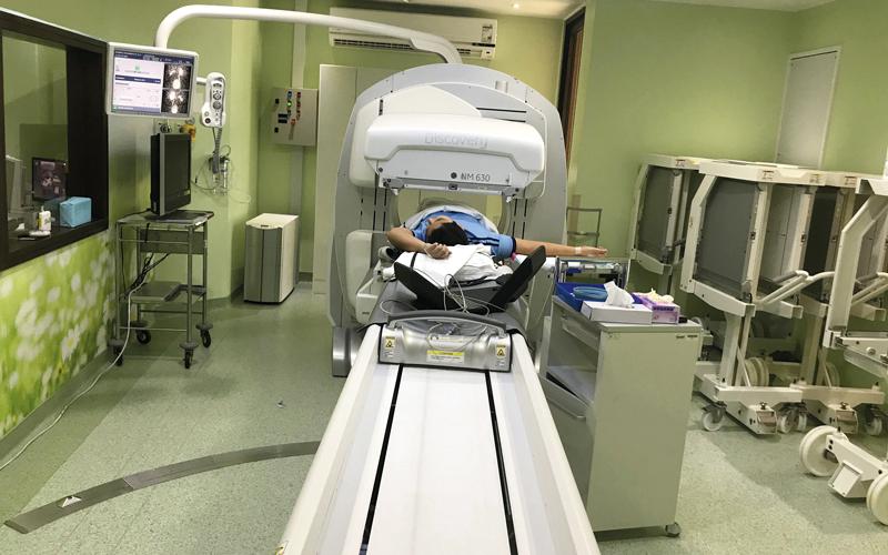 قسم الطب النووي في مستشفى دبي يقدم خدماته لـ4000 مريض سنوياً. الإمارات اليوم