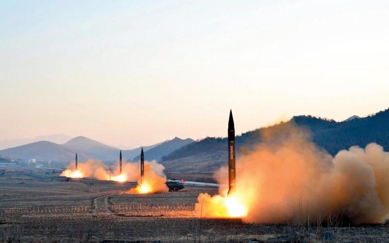 مئات الآلاف من القتلى سيسقطون في اليوم الأول من اندلاع حرب نووية.  أ.ف.ب