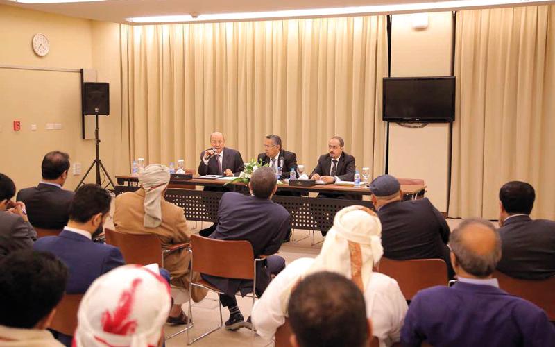 اللجنة الدائمة للمؤتمر الشعبي أشادت بدور الجيش والمقاومة في التصدي للإرهاب الحوثي.  سبأنت
