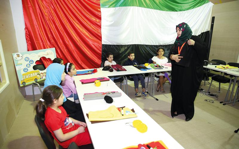 الورشة تنظمها جمعية محمد بن خالد آل نهيان لأجيال المستقبل.  من المصدر